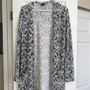 Grey and White Cardigan with Buttons